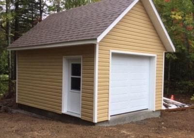 Garage préfabriqué 12′ X 16′