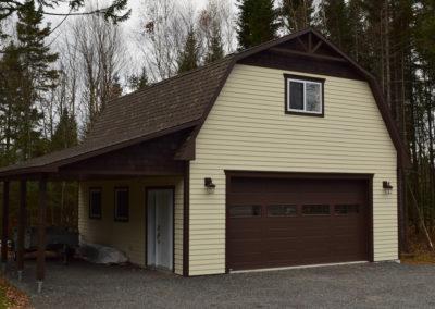 Garage préfabriqué 24′ X 28′