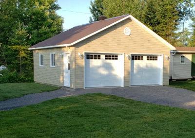 Garage préfabriqué 24′ X 26′